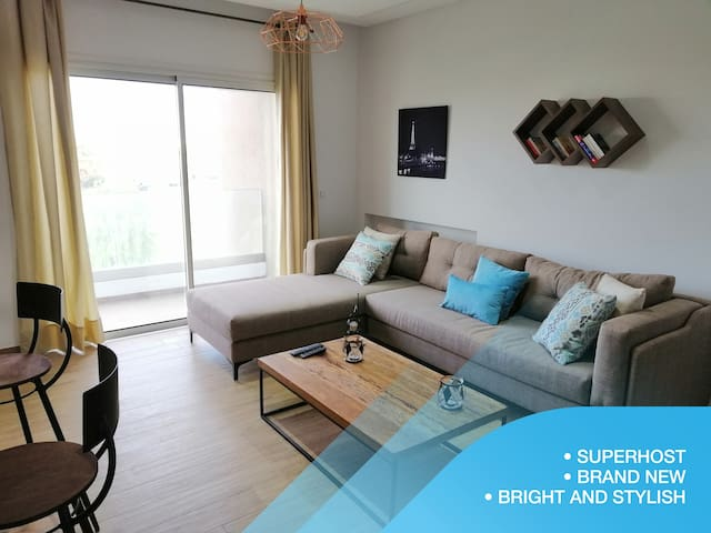 Bright & Stylish 1bd flat in Jardins De Carthage
