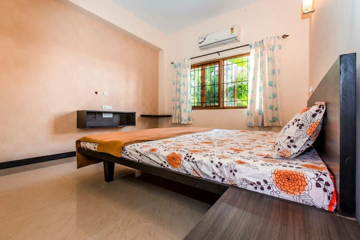 Baga Luxury 3 BHK Villa - Calangute - Villa