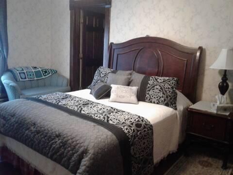 Ernestine Room #3