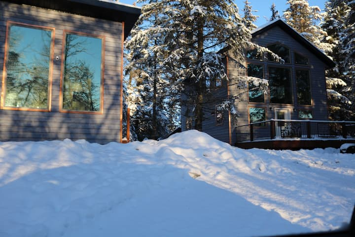The Forget-Me-Not Chalet at The Spruce Lodge
