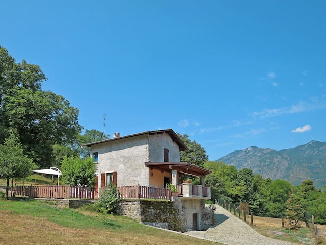 Holiday House Margherita for 7 persons in Porlezza