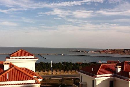 山东威海银滩香港平远国际城露台海景房 - 威海 - 公寓