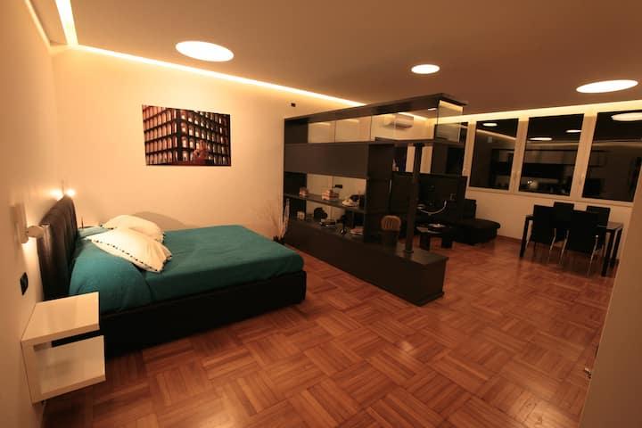 E.U.R. luxury loft