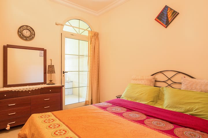 Private Room in Villa 12min frm DXB - Dubai - Villa