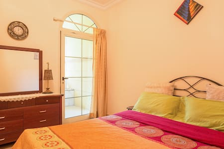 Private Room in Villa 12min frm DXB - Dubai