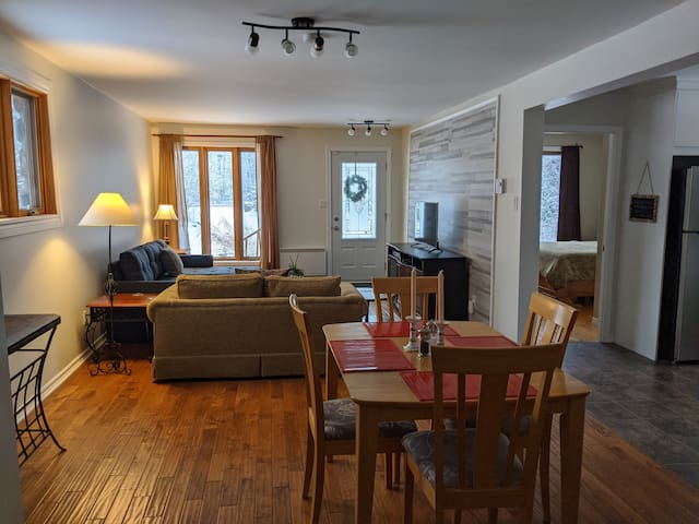 Private Guest suite in the Town of Knowlton