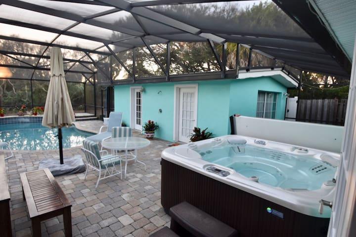 Cute Pool House