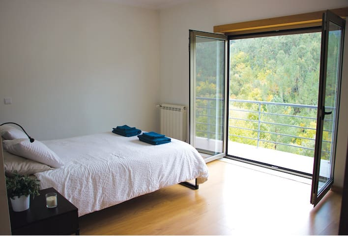 Lote 2 Folques Village House with Mountain Views