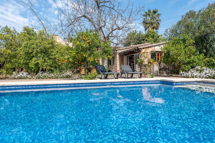 Rustic Home with Romantic Yard and Pool - Finca Ca'n Vaqueta