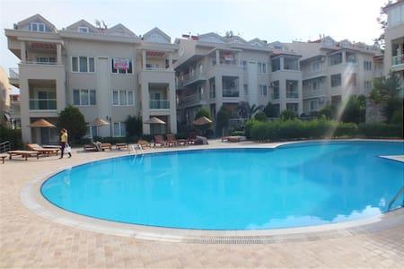 Furnished 4 rooms duplex apartment in Armutalan