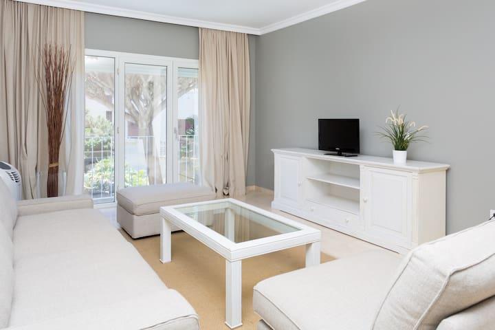 Spacious Apartment. 3min from Garcia Sanabria Park