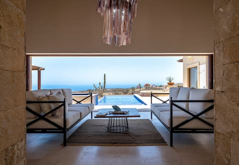 Amazing 3BR Villa with views of Pacific Ocean
