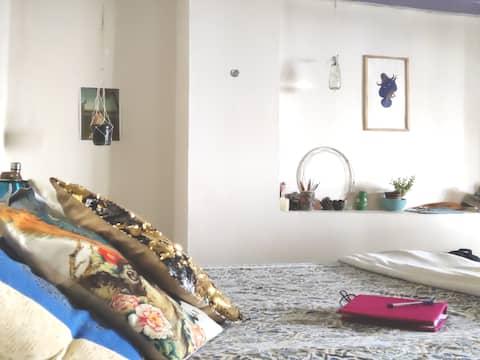 VINTAGE private floor + Private terrace