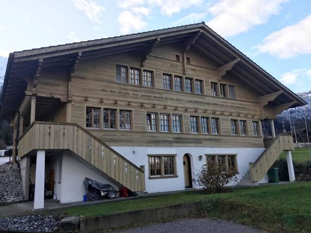Studio Apartment - Leissigen bei Interlaken