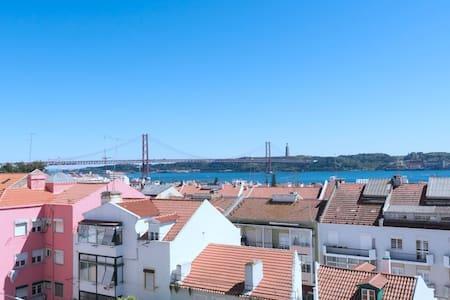 Panoramic view terrace apartement in Belem Ajuda - Lisboa - 公寓