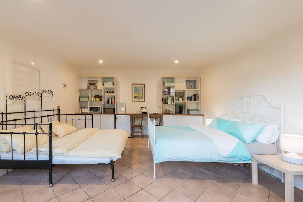 Large Private Room in Hurstville