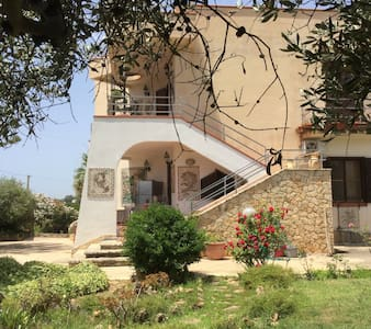 Villa with unforgettable view - Porto Palo