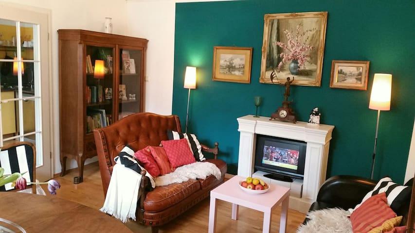 Exklusiv-charmante 2-Zi.-Wohnung EG - Regensburg - Rumah
