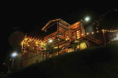 Monte Canela, Mini Casa en Contenedor