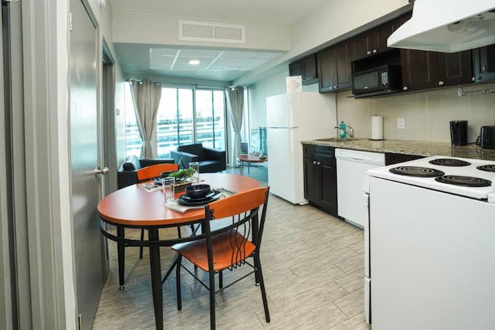 Sunview Penthouse Suite With Private Patio