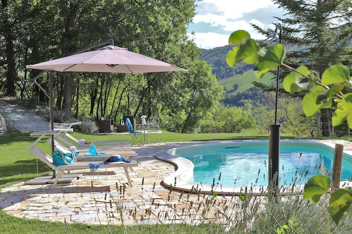 VILLA PETRA - Private pool, wi-fi, garden, Marche