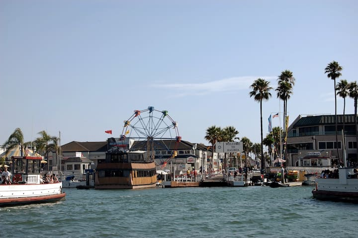 Ferry Balboa Island