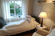 Comfortable room in Oslo, outside city center