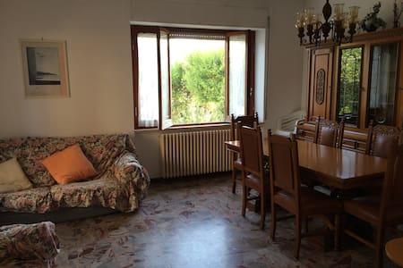 Appartamento ampio e luminoso a due passi dal mare - Porto San Giorgio - Huoneisto