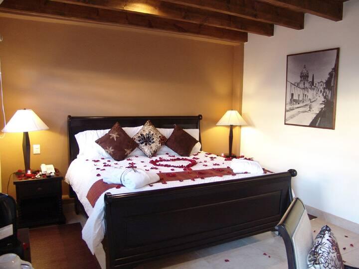 """Habitación """"Chocolate"""" Hotel Boutique Casa del Tío"""