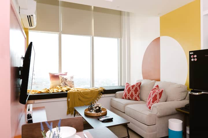 One-bedroom Penthouse loft at Ortigas Center Pasig