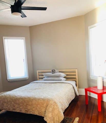 Comfort and convenient Room