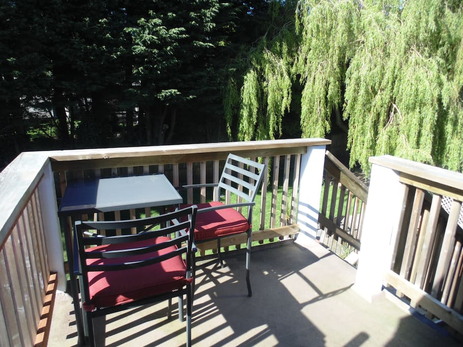Private deck with dining outdoors or simply relaxing. Table accommodates 2 persons only.