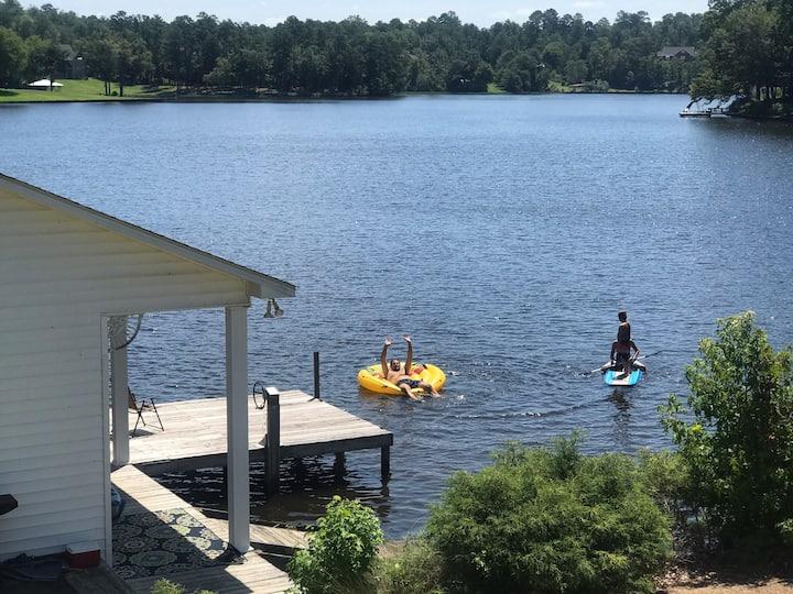 Ski, fish, swim  - Lake front cottage
