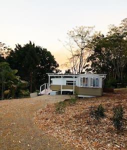 Poppy's luxe caravan in the Byron hinterland