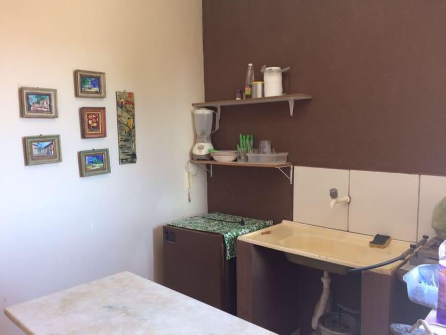Cozinha junto com o quarto