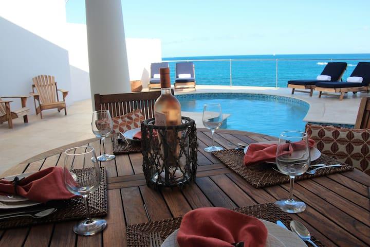 Villa Velaire Oceanfront Villa