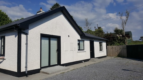 Ashford Villa - Cottage 2