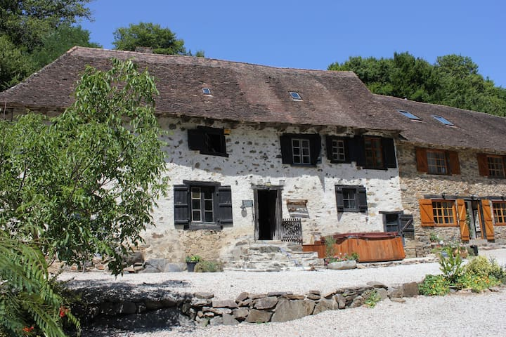 Beautiful Farmhouse nr Limoges 10+ - Haute-Vienne - บ้าน
