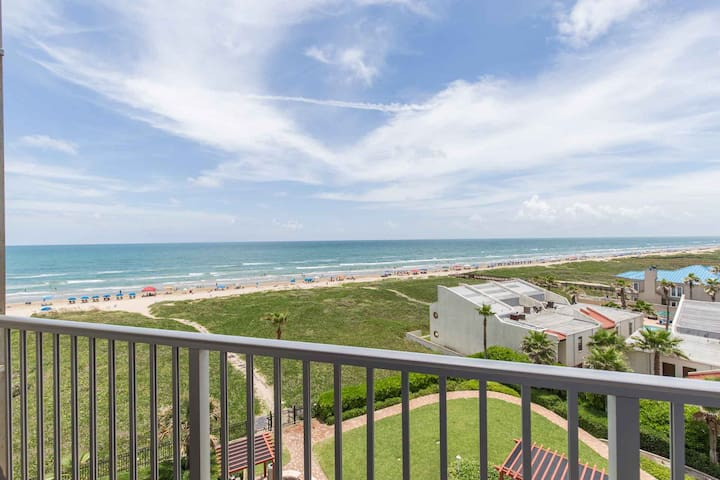 Aquarius 506 - Beachfront Condo, Direct Beach Access, Luxurious Grounds with Oceanfront Pool & Spa