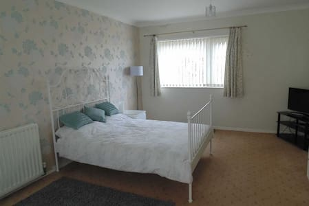 Cosy Double Rooms for Professionals - Barrow-in-Furness
