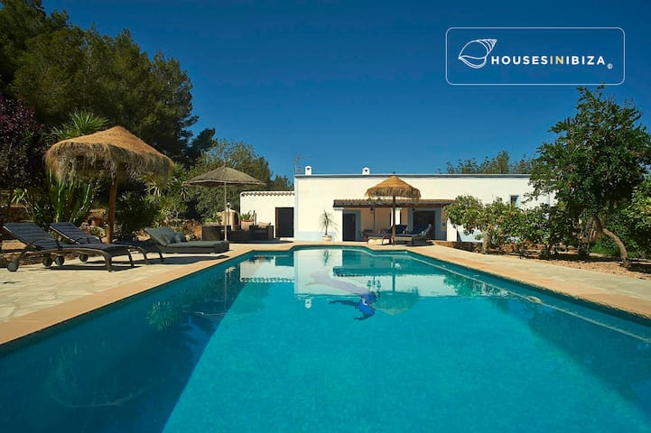 Santa Ines- peaceful charming house pool 3 bedroom - Sant Antoni de Portmany - Casa