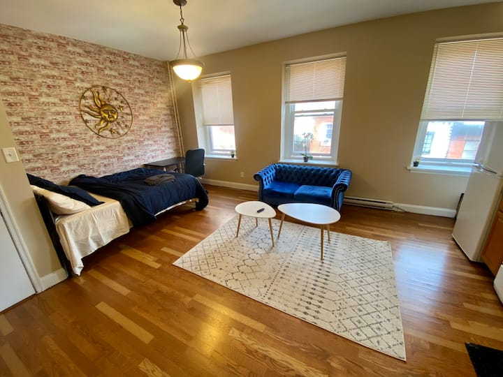 ✪Monthly Discount-Bright Studio ✪WIFI ✪Rittenhouse