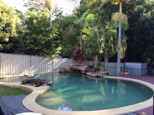 Shelly Beach tranquility, Queen Double w ensuite - Port Macquarie - Hus