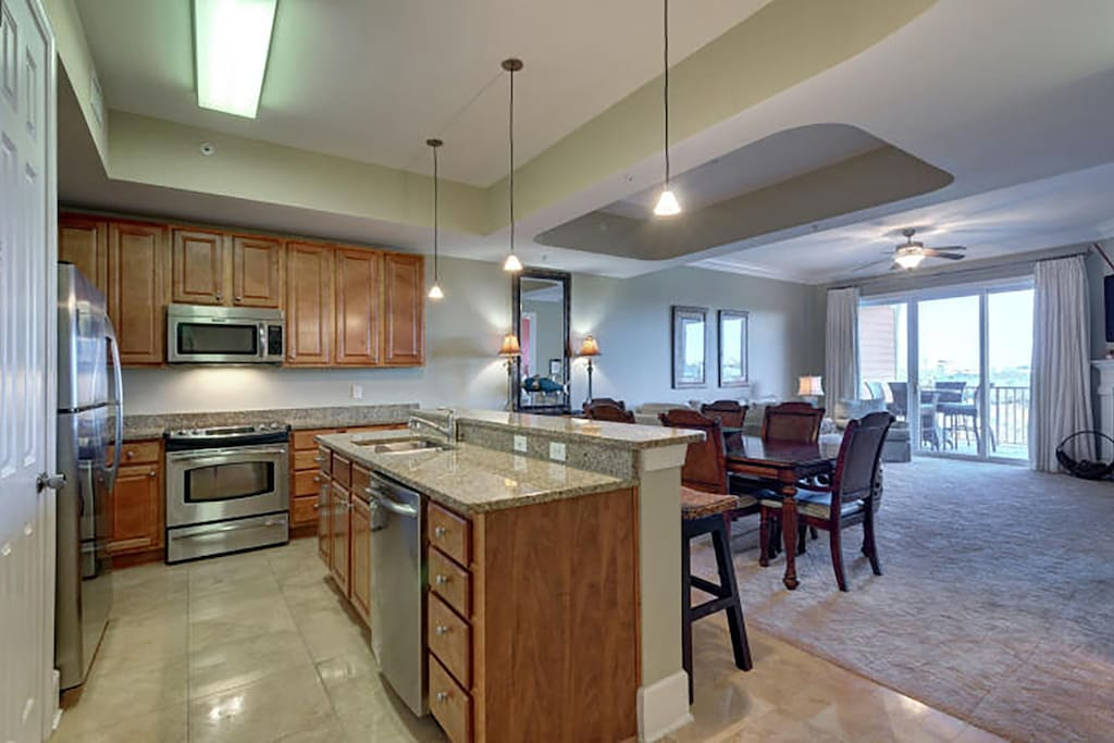 Open kitchen and dining plan, upgraded kitchen appliances