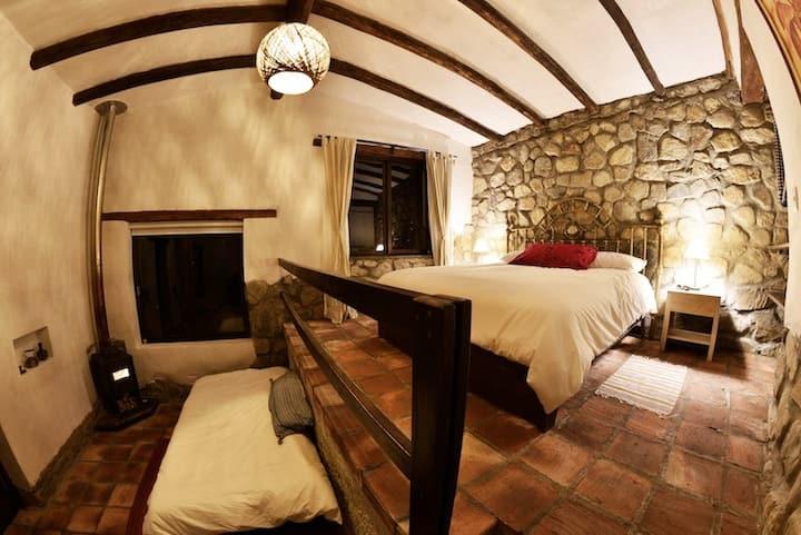 King Bedroom Santa Cruz Lodge Huaripampa w 3 meals