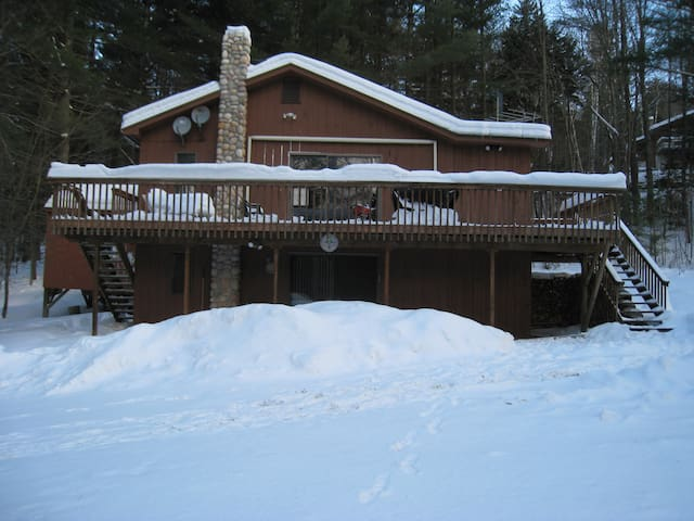 Ski/Snowmobile/Mtn Bike with Jacuzzi by Killington - Stockbridge - Chalet
