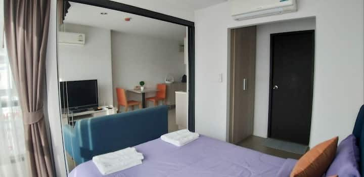 Cozy Room with Kitchen @ Sujinda Phuket Home Condo