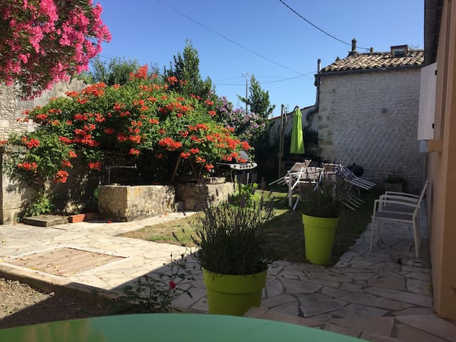 Villa entre campagne et océan - Barzan