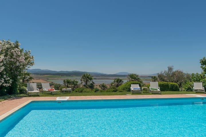 Villa Silene-stylish, comfortable family holidays - Benalup-Casas Viejas - 別荘