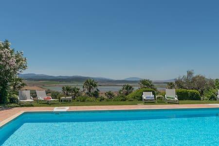 Villa Silene-stylish, comfortable family holidays - Benalup-Casas Viejas